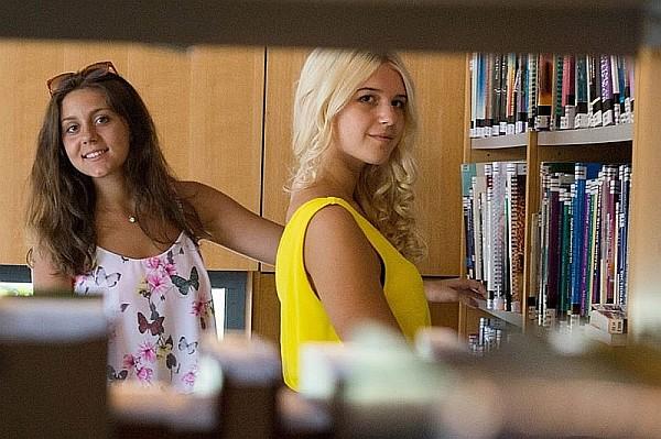 KVÍZ-PARTI a könyvtárban