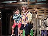 A kisfiú meg az oroszlánok - előadás a Móricz Színházban