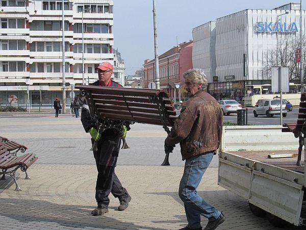 Padok kihelyezése a belvárosban